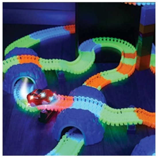 Playground track with shining car (220 pcs.) (R13)